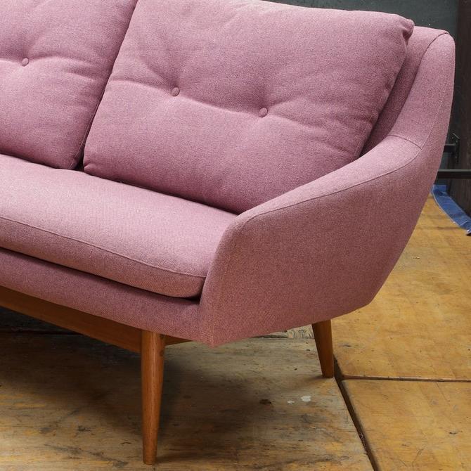 Danish 1960s Pink Teak Sofa Vintage Mid-Century Modern Scandinavian Mad Men Hjelle Norway Penguin Juhl Vodder Wegner