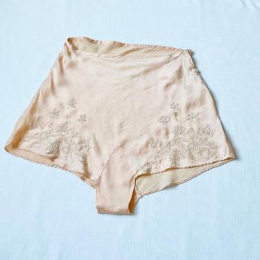 1930s Tap Pants Silk High Waist Shorts Lingerie M by dejavintageboutique