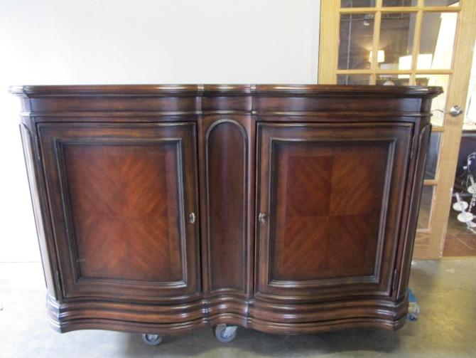 VERY LARGE BERNHARDT BUFFET IN MAHOGANY WITH TWO DOORS AND TWO DRAWERS