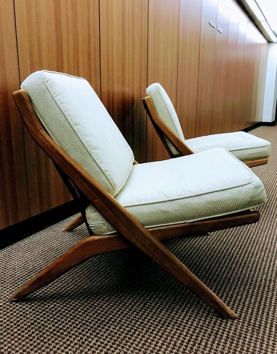 Pair Dux Scissor Chairs designed by Folke Ohlsson by UrbanInteriorsBalt