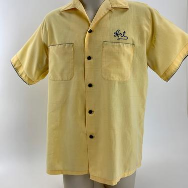 """1960'S Bowling Shirt - Light Weight Cotton - HILTON Label - Machine Embroidery - """"ART"""" - Vented Back - Men's Size Large by GabrielasVintage"""