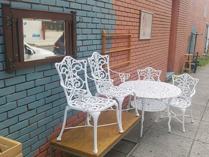 Five Piece Patio Dining Set, Round 2 Tier Table and 4 Armchairs,