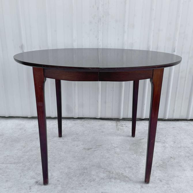 Mid-Century Modern Round Dining Table with leaves by secondhandstory