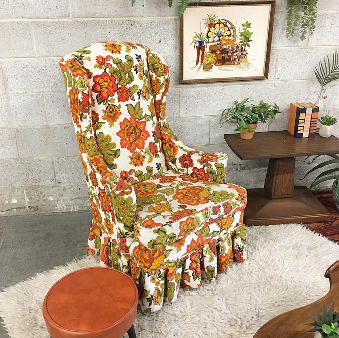 LOCAL PICKUP ONLY ------------ Vintage Lounge Chair by RetrospectVintage215