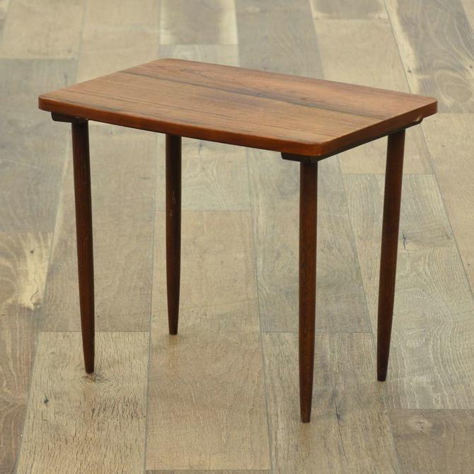 Mid Century Modern Small Tapered Leg End Table
