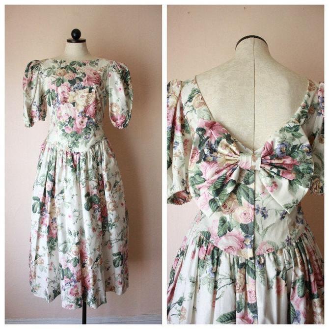 80s does 50s Floral Romantic Dress Full Skirt Cottagecore Size M by NoSurrenderVintage