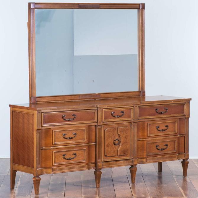 Bassett Cherry Federal Style Dresser W Mirror