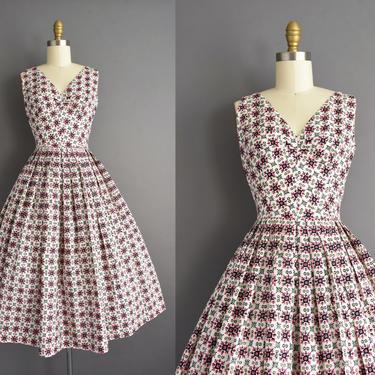 vintage 1950s | Cabana Beachwear Polished Cotton Full Skirt Day Dress | XS Small | 50s dress by simplicityisbliss