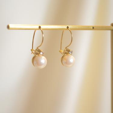 large pearl cz gold dangle earring, gold cz pearl vintage earring, drop cz pearl earring, gold pearl vintage earring, pearl cz earring, gift by melangeblancdesigns