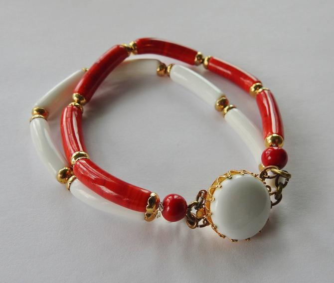 Mid Century Red and White Glass Bracelet by LegendaryBeast