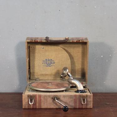1920s Pal Portable Phonograph