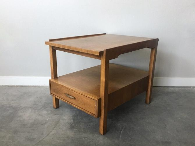 vintage mid century modern Drexel end table.