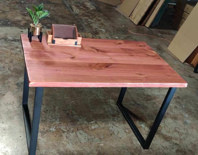 UMBUZÖ SALE!  Reclaimed Wood & Steel Desk or Dining Table by UmbuzoRustic