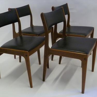 Danish Modern Set of 4 Teak Dining Chairs by Johannes Andersen for Uldum M\u00f8belfabrik