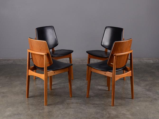 Set of 4 Teak Dining Chairs with Black Faux Leather Mid Century Modern by MadsenModern