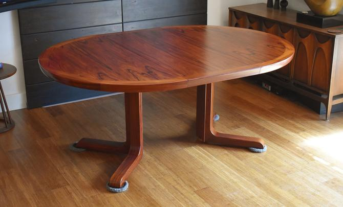 Newly-restored Brazilian rosewood expandable dining table by Faarup Mobelfabrik by MidCenturyClever