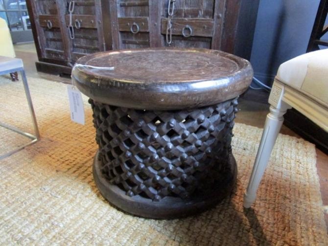 WOODEN DRUM ACCENT TABLE