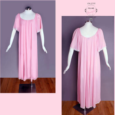 Vintage Pink LUCIE ANN Long Nightgown Nighty Night Gown Dress Pegnoir Lingerie 1960's, 1950's, Small, Style 403 by Boutique369