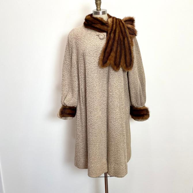 Vintage 1940s Coat 40s Wool Swing Coat Fur Collar and Cuffs by littlestarsvintage