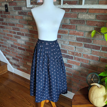 Vintage 1970's RUSS Navy Blue Skirt with Red and White Leaves by BeesKneesVintageDC