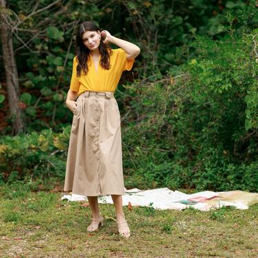 80s Dark Tan High Waisted Button Skirt Vintage Cotton Long Circle Pocket Skirt by AppleBranchesVintage