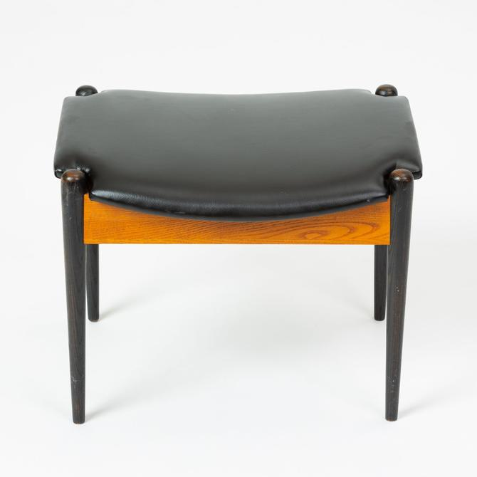 Model 3007 Stool by Arthur Umanoff for Washington Woodcraft