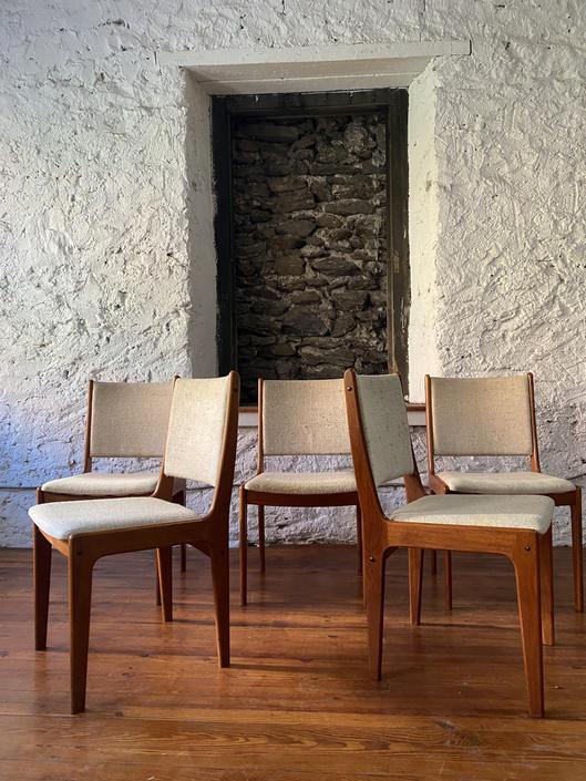 Mid century dining chairs Danish modern dining set mid century dining chair by VintaDelphia