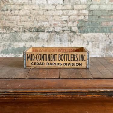 Vintage 1967 Mid-Continent Bottlers Cedar Rapids, IA Maher Soda Pop Crate by NorthGroveAntiques