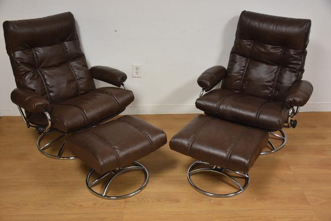 Brown Leather Ekornes Lounge Chairs and Ottomans by mixedmodern1