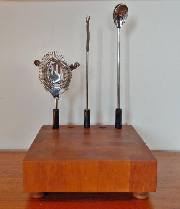 Ernest Sohn Siamese Teak Cutting Board and Bar Set by ModandOzzie