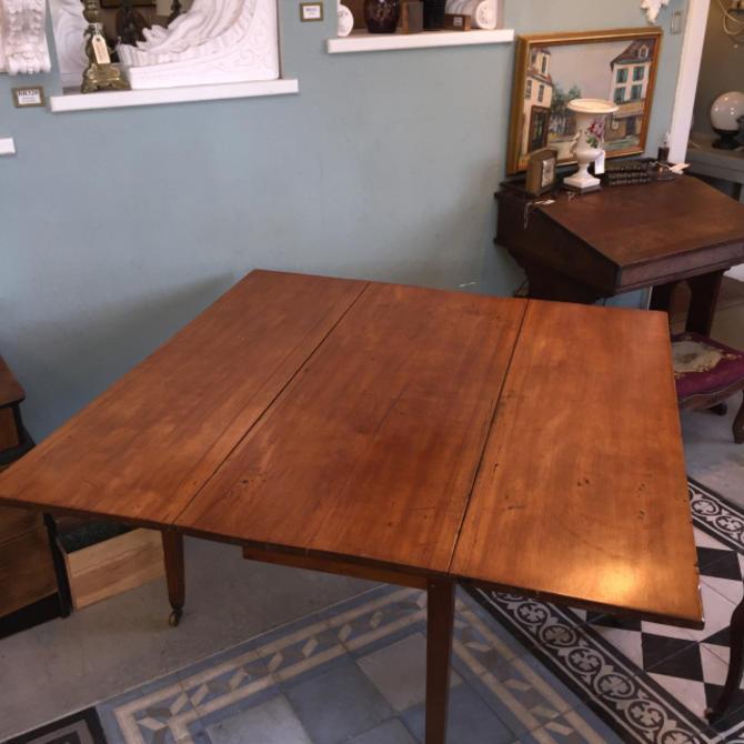 Pine Gate Leg Table