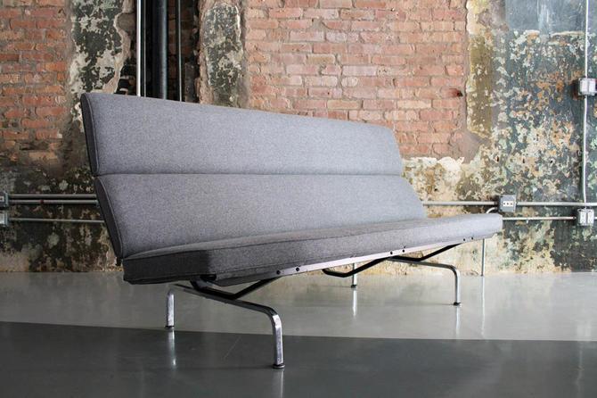 Vintage Eames 'Sofa Compact' in Maharam Wool Felt