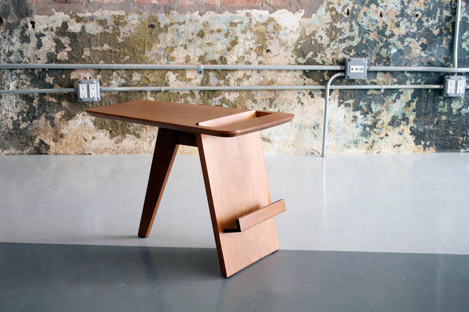 Magazine Table by Jens Risom