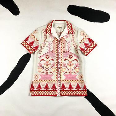 70s Hamilton 8 Short Sleeve Novelty Printed Short Sleeve Shirt / Alphabet Print / ABC / Cottage / Embroidery / Hearts / Cross Stitch / 60s by shoptrashdotnet