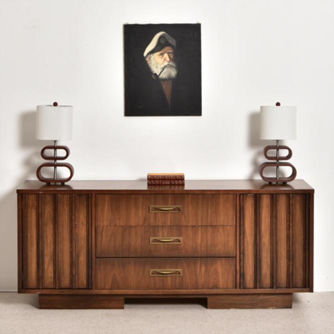 Vintage Walnut 9 Drawer 1970's Dresser
