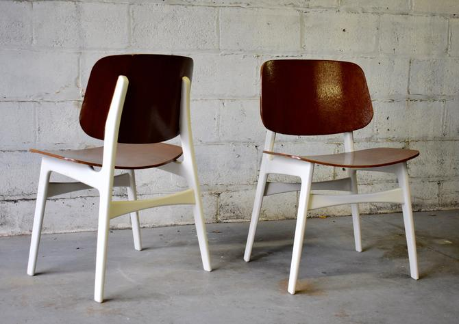 PAIR of Mid Century MODERN Borge Mogensen CHAIRS by CIRCA60