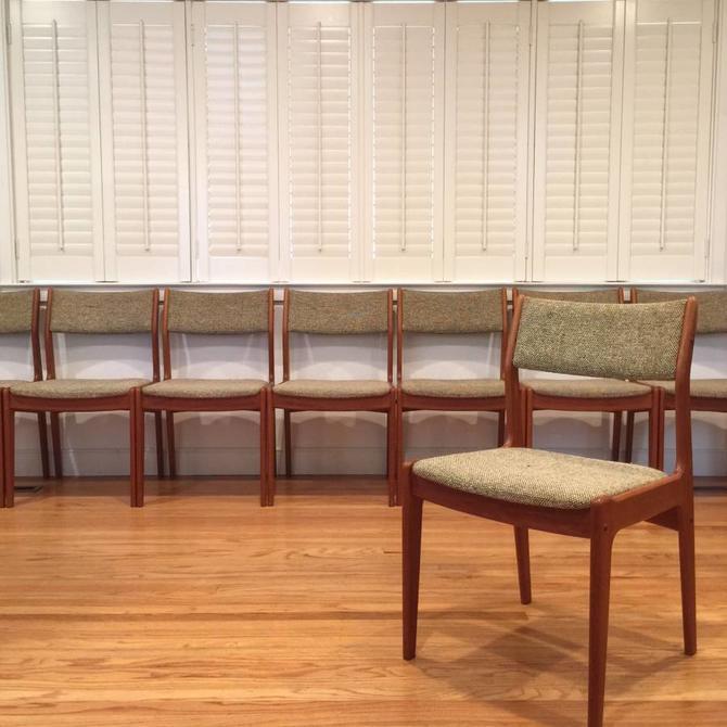 Set 8 Vintage Danish Teak Dining Chairs