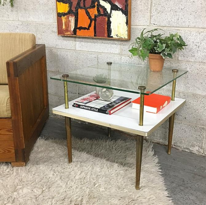 LOCAL PICKUP ONLY —————— Vintage mcm End Table by RetrospectVintage215