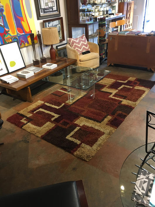 Vintage Modern Shag Rug Mint Condition by bcdrygoods
