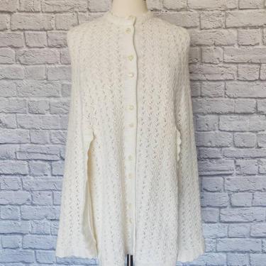 Vintage White Knit Sweater Cape by GemVintageMN