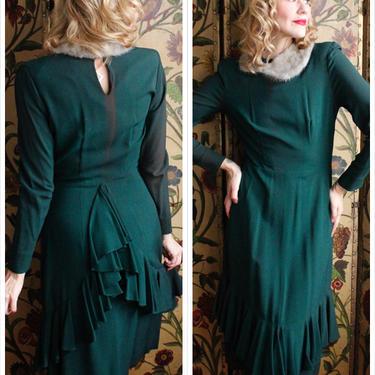 1940s Dress // Sis Barclay Dark Green Crepe Dress // vintage 40s dress by dethrosevintage