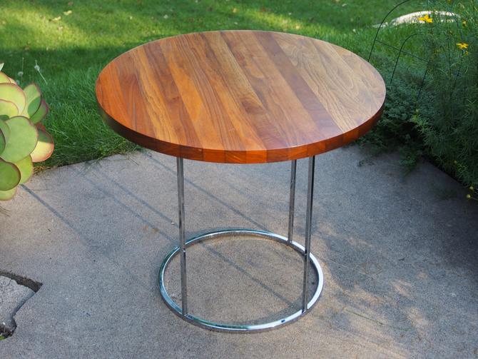 Milo Baughman Occasional Table by Walkingtan