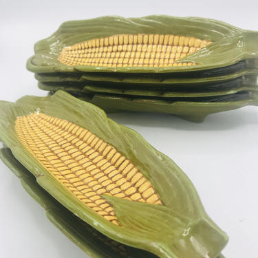 Vintage Set of  (6) Corn on the Cob Ceramic Dishes and holders- Nice condition by JoAnntiques
