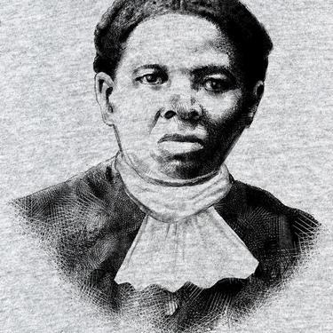 Harriet Tubman- Women's Relaxed V-Neck Tee