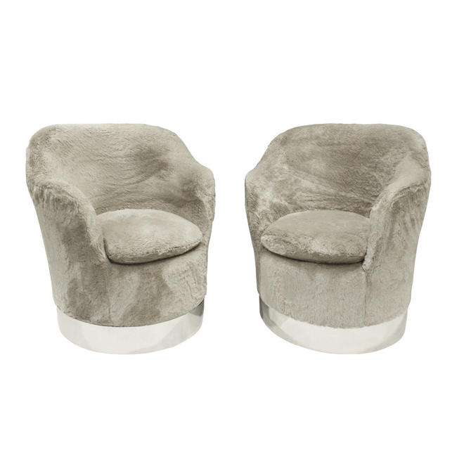 Phillip Enfield Pair Of Chic Upholstered Swiveling and Tilting Lounge Chairs 1970s