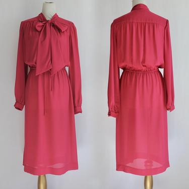 1970's Blouson Pussybow Day Dress in Punch Pink Medium L/XL by BeggarsBanquet