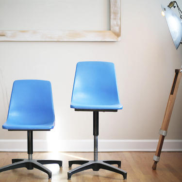 pair of vintage drafting stools by Ajusto by jeglova