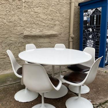 Mid century dining set Danish modern tulip table and chairs mid century modern kitchen set by VintaDelphia