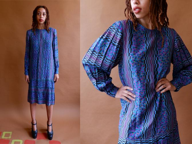 Vintage 80s Silk Pleated Mutton Sleeve Dress/ 1980s UMI for Anne Crimmins Geometric Print Shift Dress with Puff Sleeves/ Size Small by bottleofbread