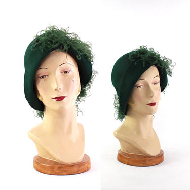 1930s Hunter Green Feather Cloche Hat - 1930s Feather Cloche - 1930s Green Cloche - Womens Green Hat - 1930s Green Hat - 1930s Cloche Hat by VeraciousVintageCo